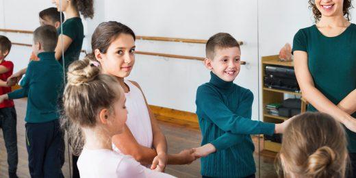 Barn som dansar.