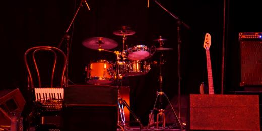 Musikinstrument på en scen